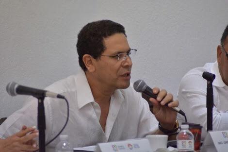 FIN A LA MINA DE ORO DE PARTICULARES, TRÁNSITO TENDRÁ SUS PROPIAS GRÚAS Y CORRALÓN: GREG SÁNCHEZ