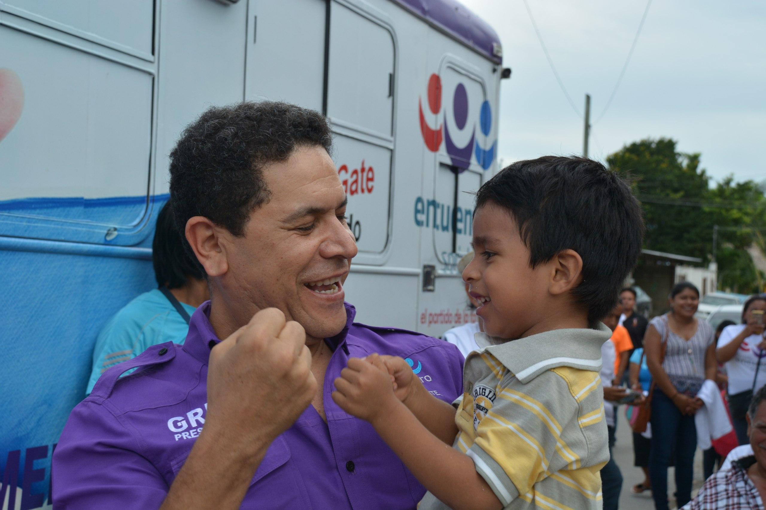 PES continúa brindando salud sobre ruedas: Unidades Médicas en Bacalar.